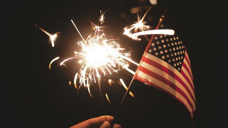 【文化が違う】アメリカの祝日とその過ごし方を解説します